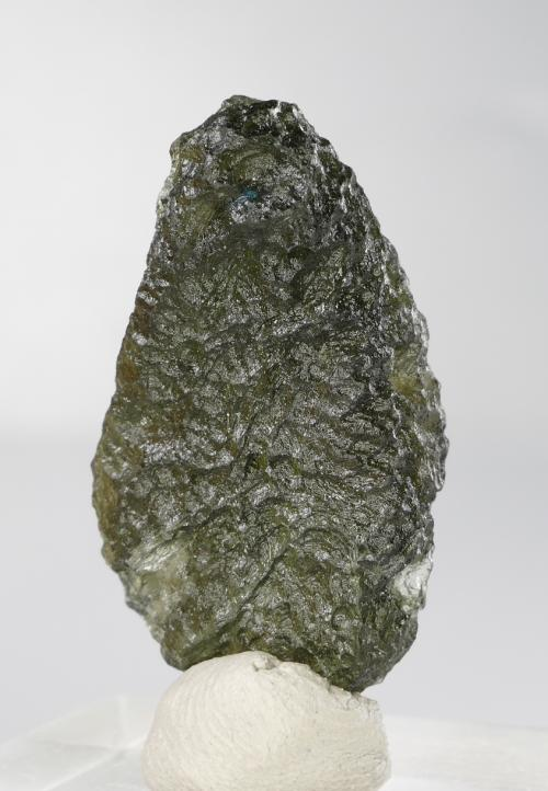 Vibrant Moldavite Fine Collector Specimen with Certificate of Authenticity (5.7grams) 3