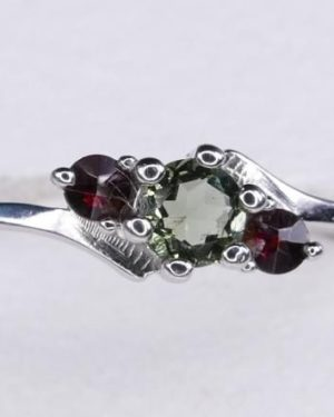 Rare High Quality Moldavite Ring with Garnet (1.8grams) Ring Size: 59 (8.88 US) 1