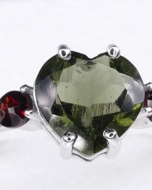 High Quality Faceted Moldavite Heart Shape Ring With Red Zircon (1.9grams) Ring Size: 55 (7.5 US) 2