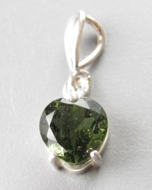 Heart Shape Faceted Moldivate (1.1grams) 1
