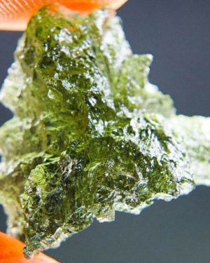 Quality A+/++ Olive Green Moldavite From Besednice With Certificate Of Authenticity (2.17grams) 1