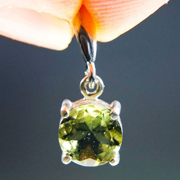 Round Shape Cut Moldavite Pendant With Certificate Of Authenticity (2.0grams) 1