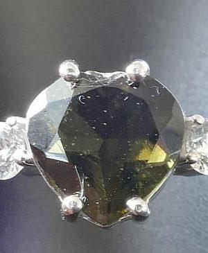 Dazzling Heart Shape Moldavite in Sterling Silver Ring (2.2gram) Ring Size: 58 (US 8 1/2) 1