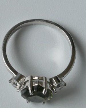 Dazzling Heart Shape Moldavite in Sterling Silver Ring (2.2gram) Ring Size: 58 (US 8 1/2) 2