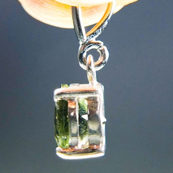Round Shape Cut Moldavite Pendant With Certificate Of Authenticity (2.0grams) 3