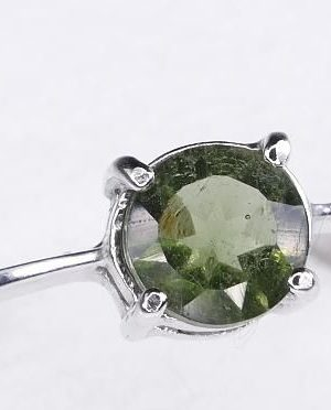 Elegant Round Shape Moldavite In Sterling Silver Ring (1.6grams) Ring Size: 58 (USA 8.5) 1