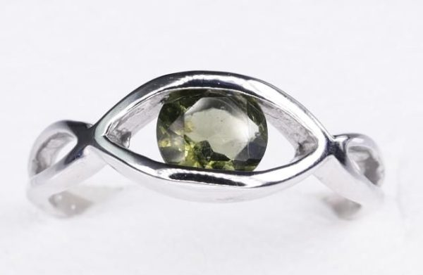 Excellent Shape Moldavite In Sterling Silver Ring (2.5grams) Ring Size: 53 (USA 6 1/2) 1