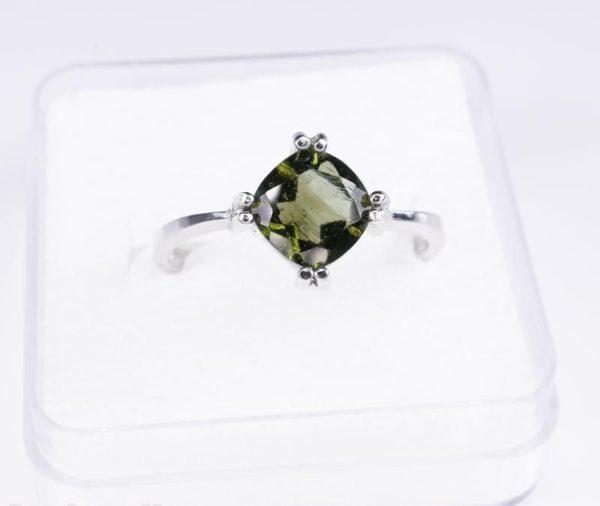 Elegant Moldavite In Sterling Silver Ring (2.6grams) Ring Size: 53 (USA 6.5) 2