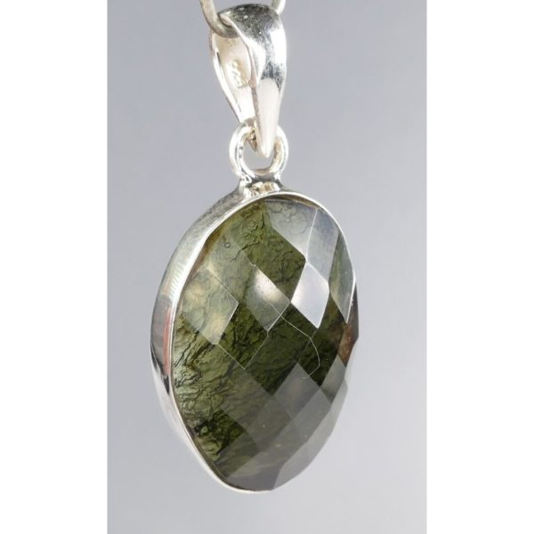 Beautiful Round One Side Faceted Modlavite In Sterling Silver Pendant (4.2grams) 2