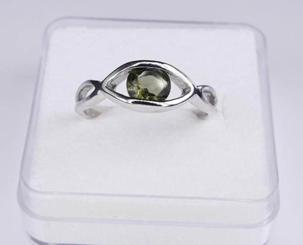 Excellent Shape Moldavite In Sterling Silver Ring (2.5grams) Ring Size: 53 (USA 6 1/2) 2