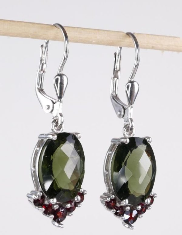 Elegant Oval Cut With Garnet Sterling Silver Earrings (4.9grams) 2