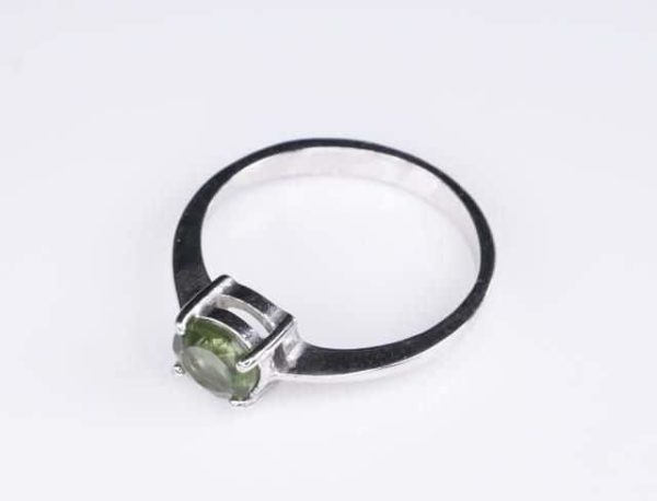 Round Shape Moldavite In Sterling Silver Ring (1.6grams) Ring Size: 56 (USA 7 3/4) 3