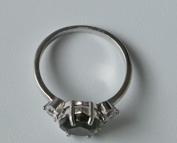 Elegant Heart Shape Moldavite In Sterling Silver Ring (2.0grams) Ring Size: 57 (USA 8 1/4) 4
