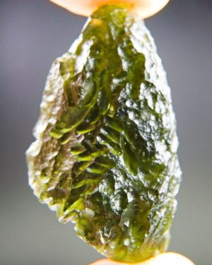 quality a+++ elipsoid shape moldavite from south bohemia with certificate of authenticity (9.3grams) 1