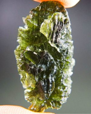quality a+++++ investment rare moldavite with certificate of authenticity (7.94grams) 1