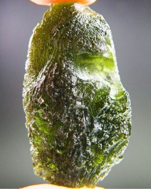 quality a+++ large shiny moldavite with certificate of authenticity (12.81grams) 1