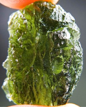 quality a+++ shiny open bubble moldavite with certificate of authenticity (8.88grams) 2