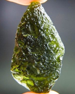totally unique two kinds of sculpture moldavite with certificate of authenticity (15.05grams) 1