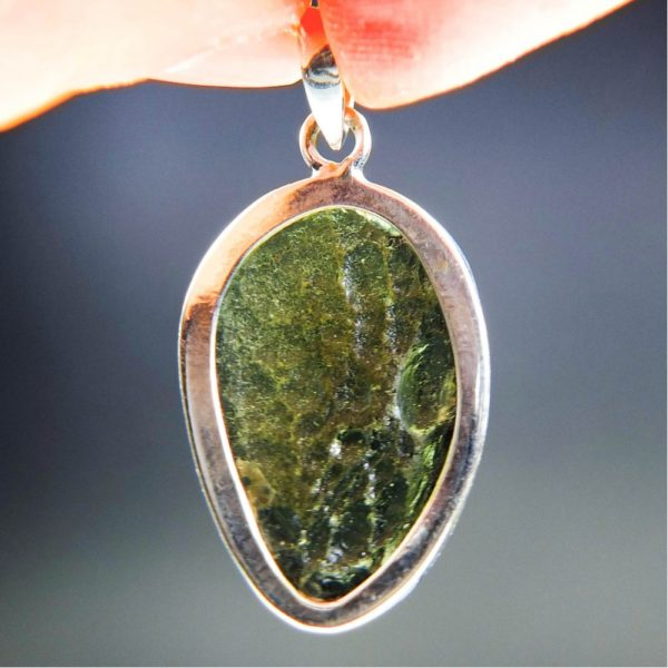 beautiful faceted shape moldavite pendant with certificate of authenticity (7.25grams) 4