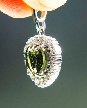heart shape faceted moldavite and zircon pendant (2.41grams) 2