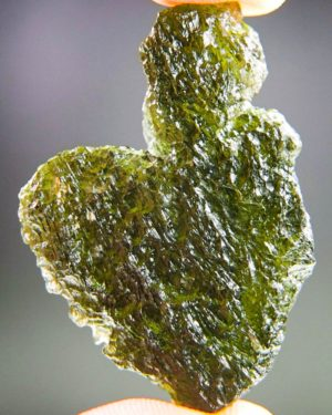 large uncommon shape moldavite from south bohemia (11.94grams) 1