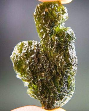 large uncommon shape moldavite from south bohemia (11.94grams) 2