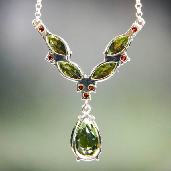 magnificent necklace five beautiful moldavite and garnets with certificate of authenticity (6.48grams) 4