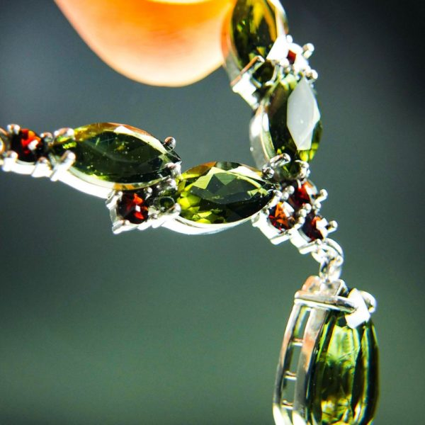 magnificent necklace five beautiful moldavite and garnets with certificate of authenticity (6.48grams) 5